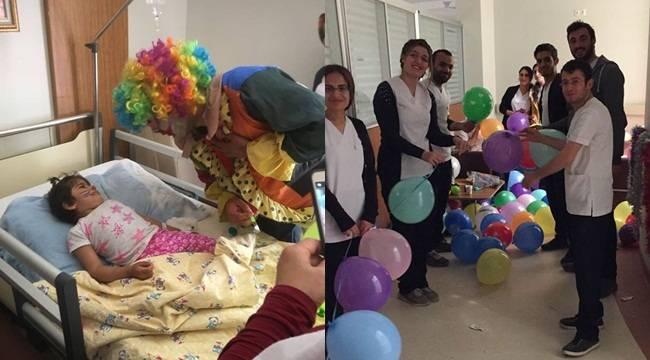 Hemşire Adayları 23 Nisan'ı Hastanede Geçirdi