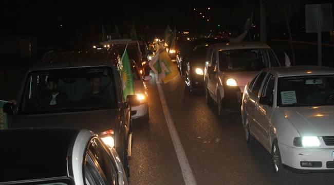 HÜDA Par YSK'nın Kararını Konvoyla Kutladı