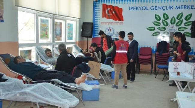 İpekyol Gençlik Merkezinde Kan Bağışı kampanyası