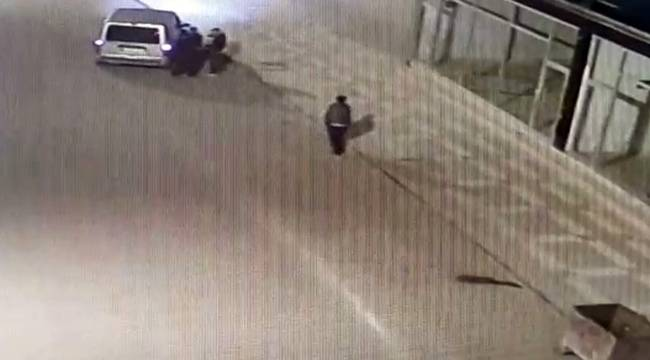 Sokakta Uyuşturucu Satarken Suçüstü Yakalandı