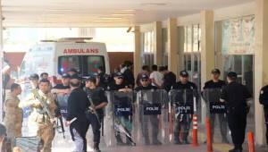 Urfa'da Mahkemede Sanık Kendini Yaktı