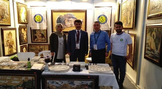 Urfa Taşına İşlenen Eserler İzmir'de Tanıtıldı