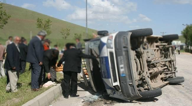 Viraşehir'de Minibüs Devrildi, 7 Yaralı