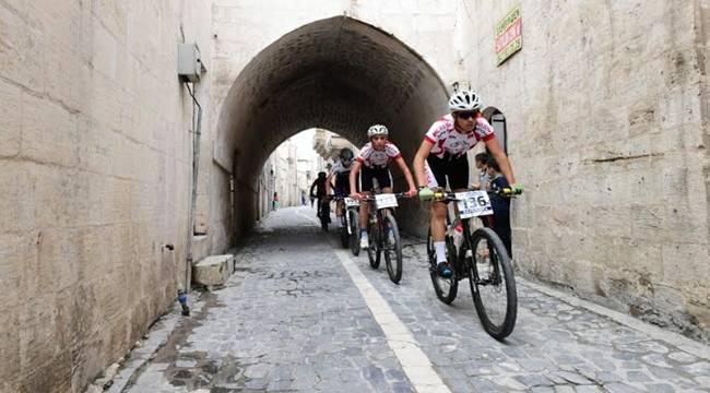 2. Urfa Sokakları Dağ Bisikleti Yarışı Yapıldı