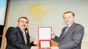 AK aday Ömer Hacıkamiloğlu Kendisini Tanıttı