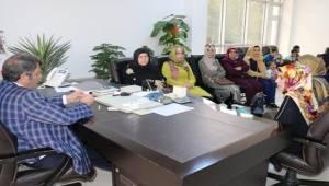AK Kadınlardan Ayhan'a Ziyaret