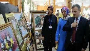 Birecik Halk Eğitim Merkezi Müdürlüğünün Yılsonu Sergisi Açıldı