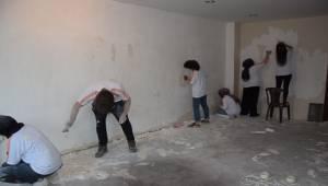 Demirci ilkokulu okulu baştan sona yenilendi