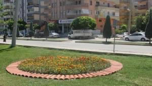 Haliliye'de Parklar Süsleniyor