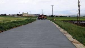 Hilvan'da Beton Yol Atağı