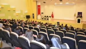 HRÜ'de Türkiye'deki Suriyeliler iç içe geçişler Konferansı