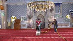 Karaköprü'de Camiler Ramazan'a Hazır