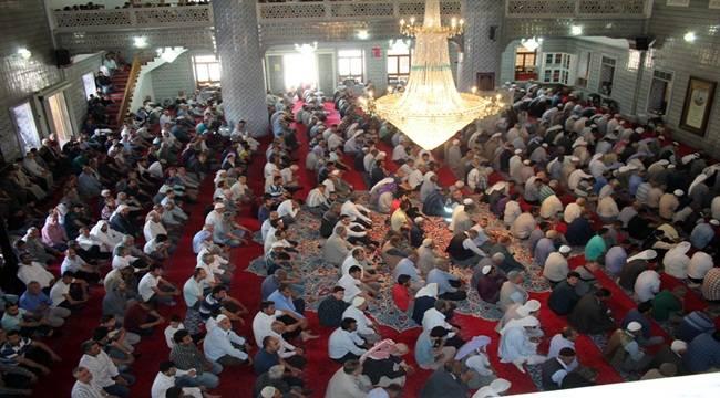 Şanlıurfalılar Camileri Doldurdu