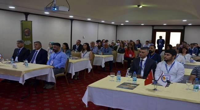 Türkiye Bilimde Geride Algısı Oluşturuyorlar