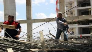 Urfa'da Çöken Caminin Enkazı Kaldırılıyor