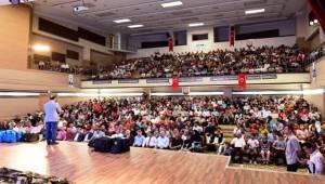 700 Öğrenci Ödüllerini Aldı