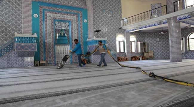 Camiler Bayram Namazına Hazırlıyor