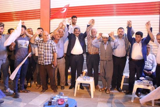 Ceylanpınar'da AK Parti'ye katılımlar devam ediyor