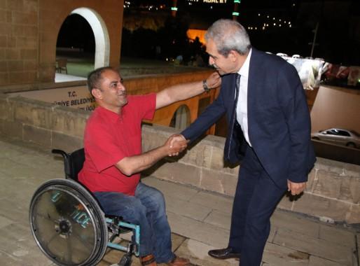 Demirkol, Ortopedik Engelliler Derneğini ziyaret etti