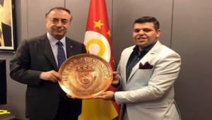 Eryavuz'dan GS Başkanına Ziyaret