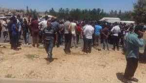 Eyyübiye'de Yolu Trafiğe Kapattılar