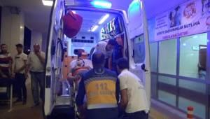 Karaköprü'de Motosikletler Çarpıştı, 2 Yaralı