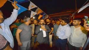 Yılmaztekin Adana'daki Urfalılardan Söz Aldı