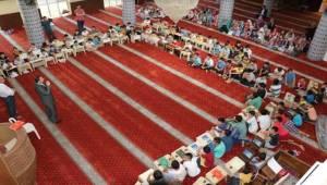 Baydilli Kuran'ı Kerim Öğrenen Çocuklarla Buluştu