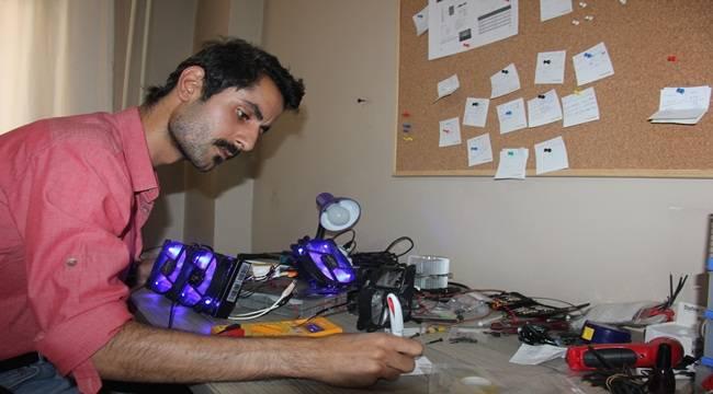 Genç Mühendis Güneş Enerjisi ile Çalışan Klima Üretti