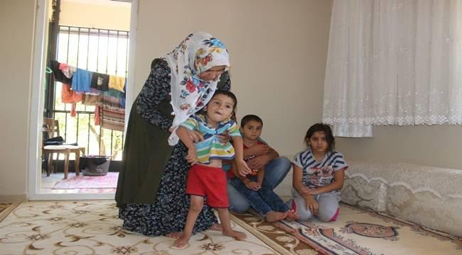 Gözleri Önünde Eriyen Çocukları İçin Yardım Bekliyorlar