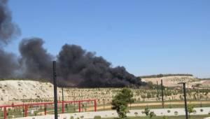 Ormanlık alanda çıkan yangın atış poligonuna sıçradı - Video Haber
