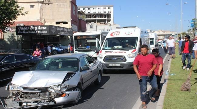 Sırrın'da Kaza,İkisi Çocuk 4 Yaralı