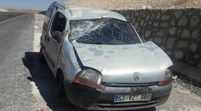 Urfa-Adıyaman Yolunda Kaza, 3 Yaralı