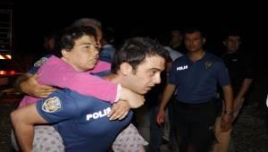 Urfa'da 17 Engelliyi Kahraman Polisler Kurtardı