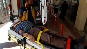 Üzerine cam devrilen işçi ağır yaralandı