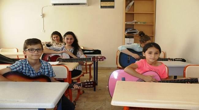 Viranşehir'de Ücretsiz Gitar Kursu