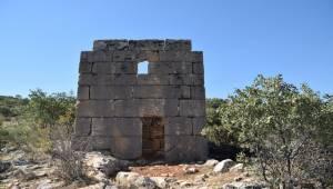 Adıyaman'da Roma Dönemine Ait Kule Bulundu