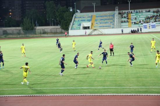 Dostluk maçını Karaköprü Belediyespor kazandı