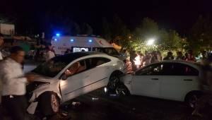 Eyyübiye'de Trafik Kazası, 2 Yaralı