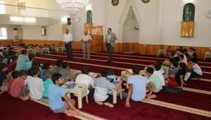 İslam'ın İlk Emrine Uyup Bolca Okumalıyız
