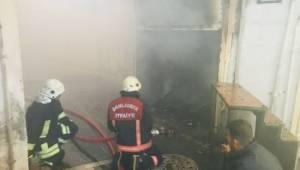Kunduracılar pazarındaki iş yerinde yangın