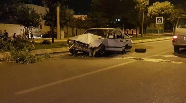 Otomobil Takla Attı, 4 Yaralı