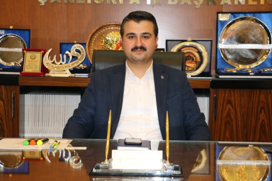 Türkiye'nin en genç iline en genç il başkanı