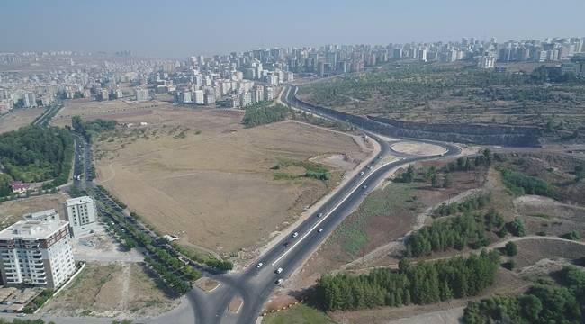 Urfa'da yol yapım çalışmaları sürüyor
