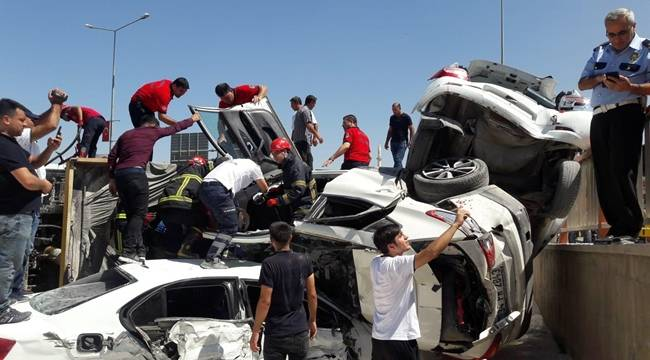 Urfa Merkez'de Freni Boşalan Tır Dehşet Saçtı