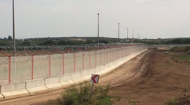 Urfa Suriye Sınırı Aydınlatılıyor