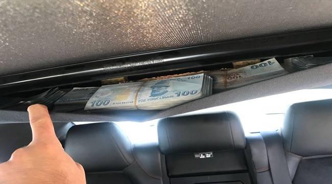 Urfa'da Dolandırıcıların Otomobilinde Servet Çıktı