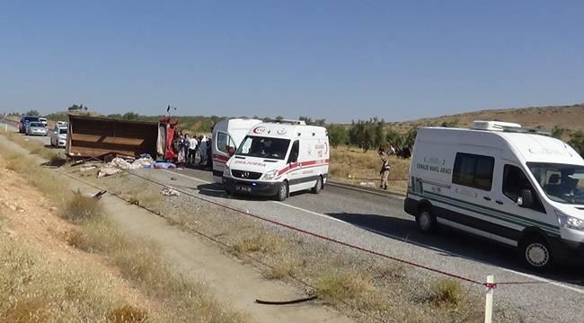 Antep'te Feci Kaza İkisi Urfalı 8 Kişi Öldü