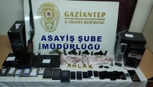 Antep'te Fuhuş Operasyonu 43 Gözaltı