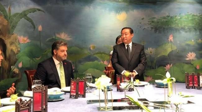 Çin Adalet Bakanından Urfalı Büyükelçi Onuruna Yemek